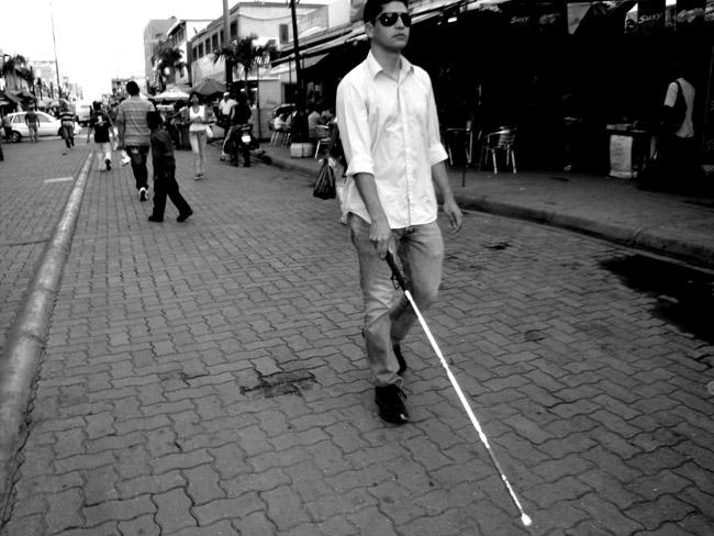 ¡Viva los palos que dan los ciegos!